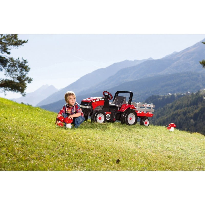 Maxi Diesel Tractor Image 03