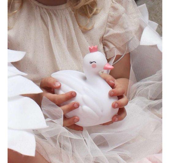 Llswwh43 Lr 4 Little Light Swan 1