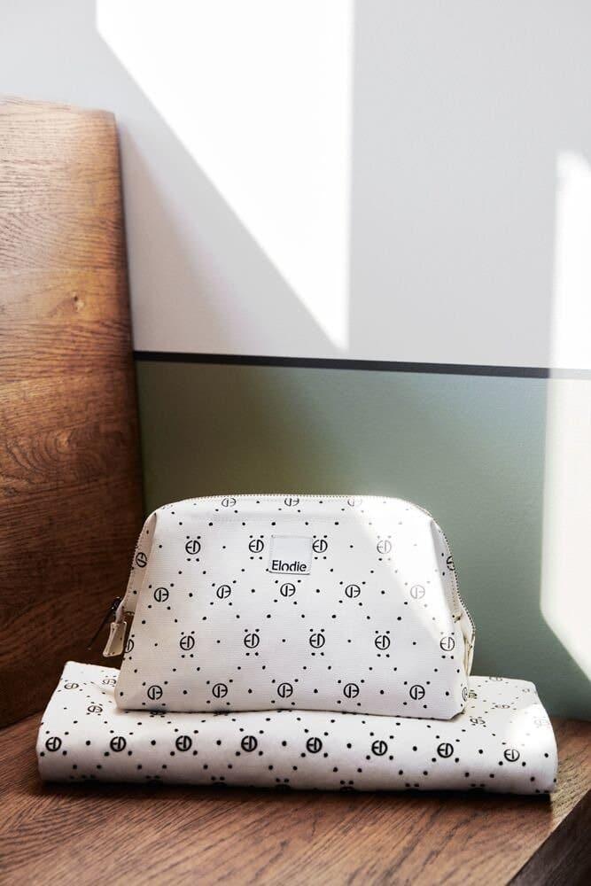Eng Pl Elodie Details Pearl Velvet Blanket Monogram 7209 4