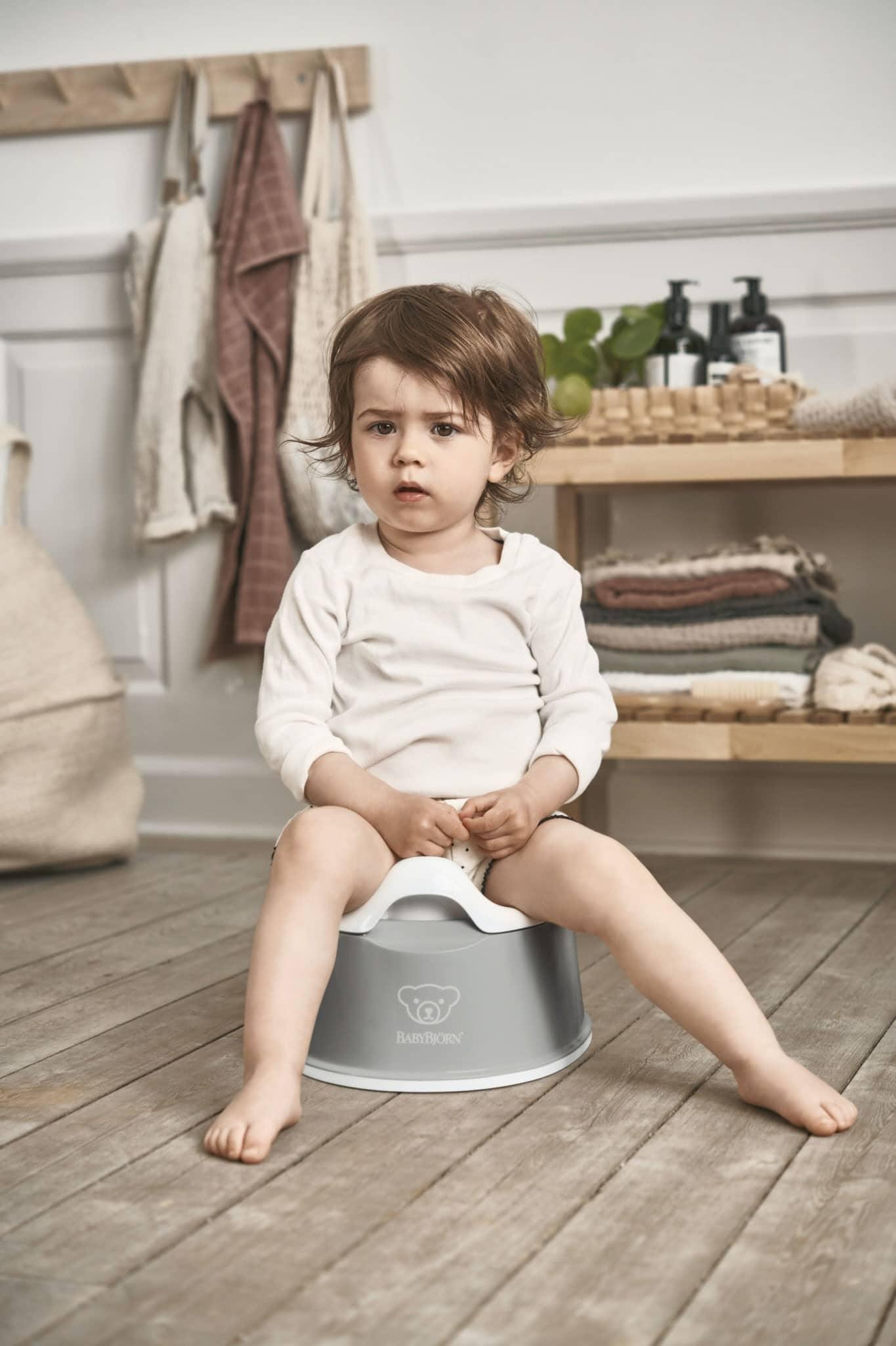 Babybjorn Smart Potty Grey White 051225 002