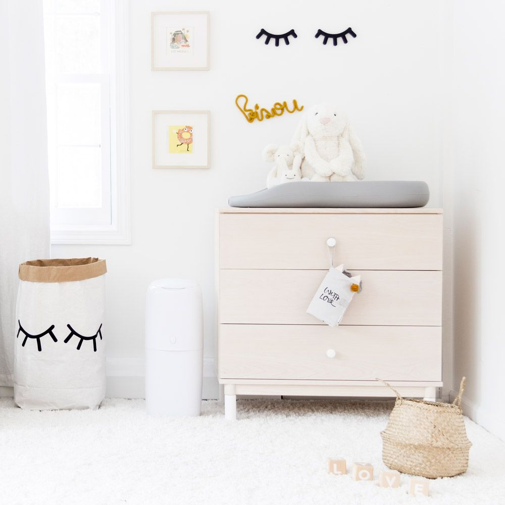 Angelcare Nappy Disposal System Lifestyle 2