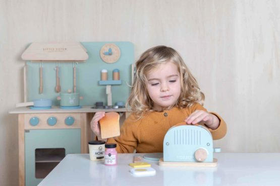 4461 Wooden Toaster Set 1