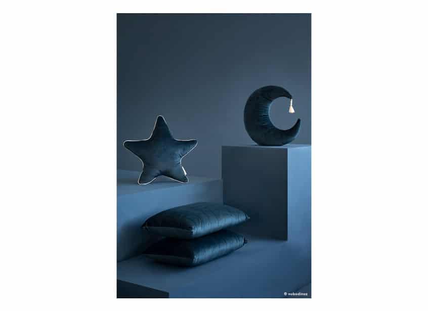 Akamba Pierrot Moon Aristote Star Velvet Cushion Coussin Cojin Savanna Night Blue Nobodinoz 1b 1 1