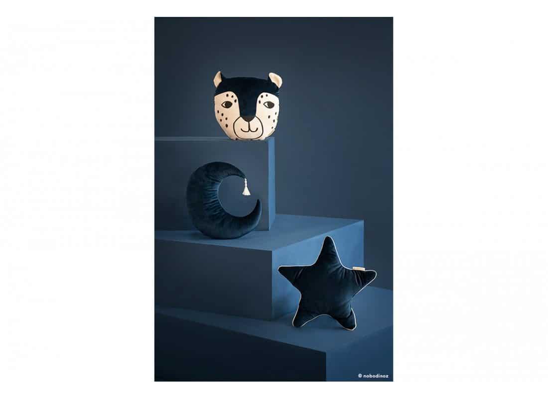 Leopard Pierrot Moon Aristote Velvet Cushion Coussin Cojin Savanna Night Blue Nobodinoz 1b 033bceea 6574 4dfe 8694 12bb59d247e0