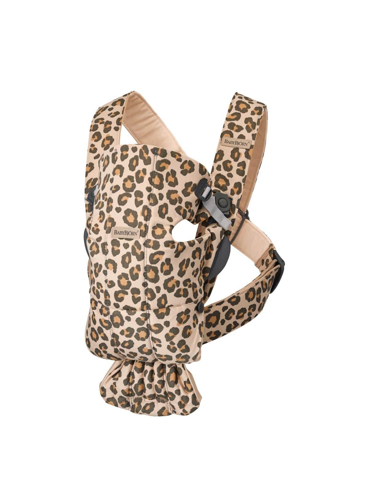 BabyBjörn μάρσιπος Mini Cotton Leopard beige