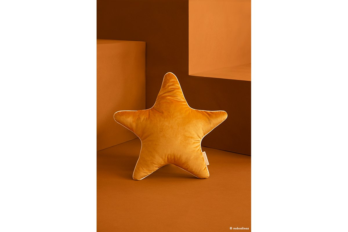 Aristote Star Cushion Coussin Cojin Velvet Savanna Farniente Yellow Nobodinoz 1b