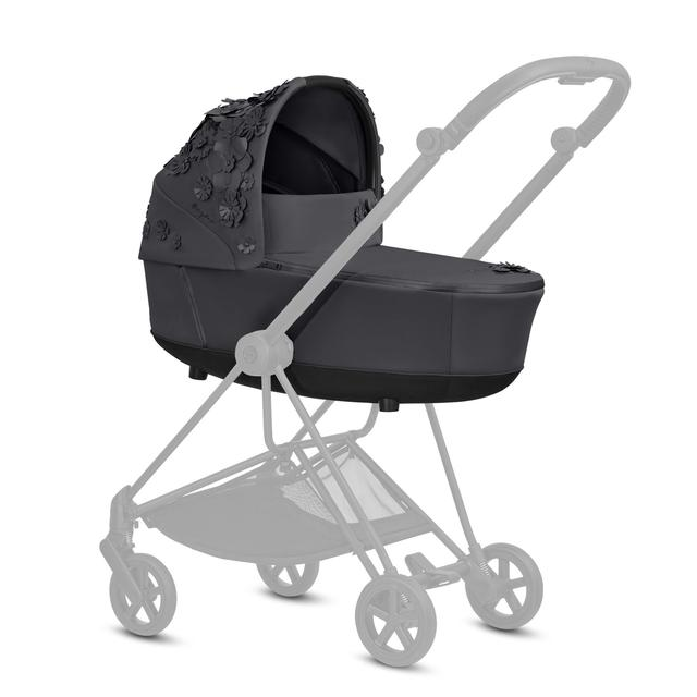 05 CYB 20 MiosLuxCarryCot INT SFLG Y135 SF Mios BLK GreyedOut Screen HD 640×640